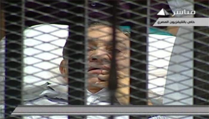 تأجيل محاكمة المخلوع لـ15 أغسطس ونقله للمركز الطبي العالمي