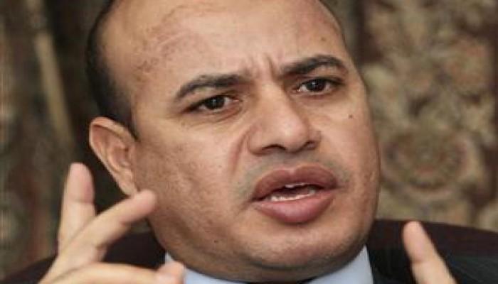 بلاغ للنائب العام ضد تعطيل تصاريح محاكمة المخلوع