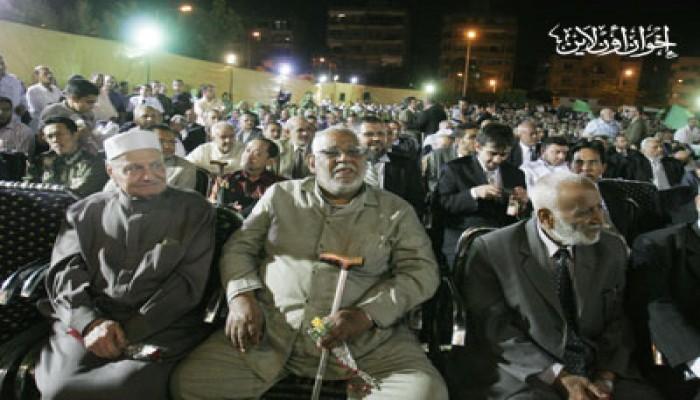 قيادات الإخوان: بابنا مفتوح لكلِّ المصريين