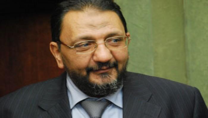 محافظ أسيوط: الإخوان صمام الأمان لمصر