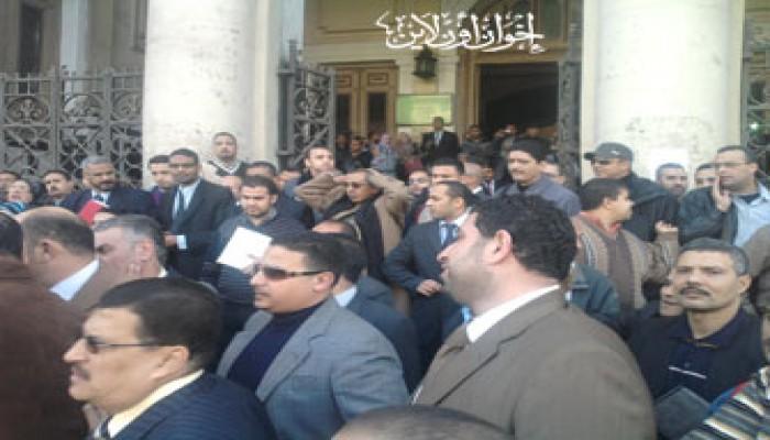 محامو الإسكندرية ينددون بالعنف الأمني ضد المتظاهرين
