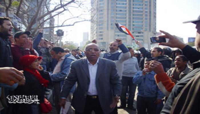 سياسيون: انتفاضة المصريين هزَّت عرش الفساد