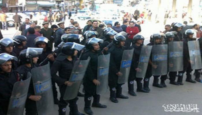 استمرار اعتداءات الأمن على متظاهري الإسكندرية