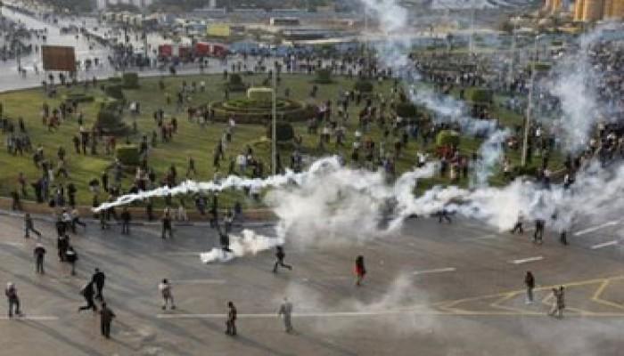 مطالبة بإقالة صاحب قرار إطلاق النار على المتظاهرين