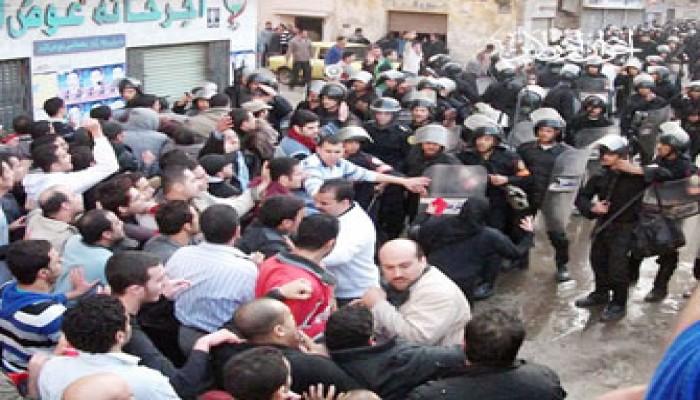 قنابل مسيلة للدموع لفض مظاهرات المنصورة