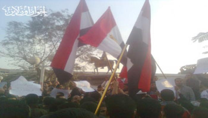 مظاهرات الشرقية تطالب برحيل النظام الحاكم