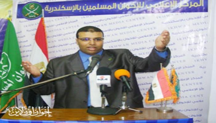 استقبال جماهيري لمراسل (إخوان أون لاين) ومعتقلي الإسكندرية