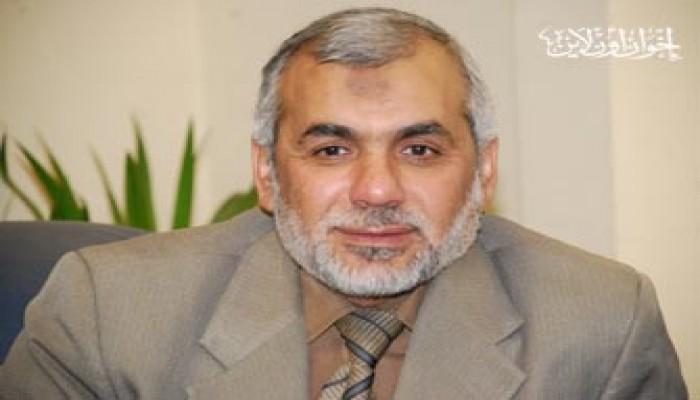 """""""الكرامة"""" تطالب النائب العام بالإفراج عن د. محيي حامد"""