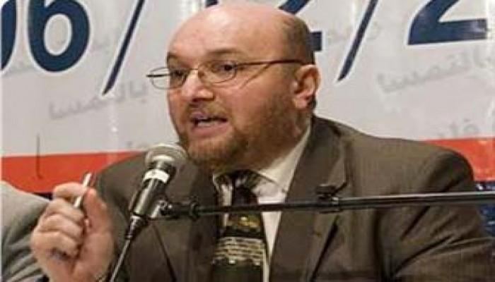 عباس البطل وعش الدبابير