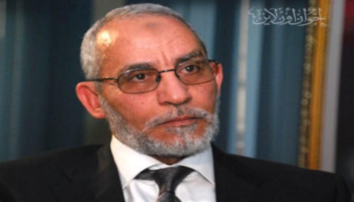 المرشد العام يحتسب د. عثمان وزوجة الشهيد طلعت