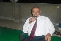 """عبد الحليم هلال: """"الوطني"""" يخشى يقظة الشباب"""