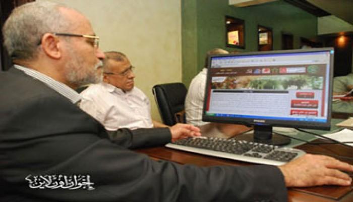 إشادة سياسية بحملة الإخوان للتوقيع على مطالب الإصلاح