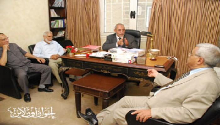 المرشد العام يستقبل الدكتور حسن نافعة