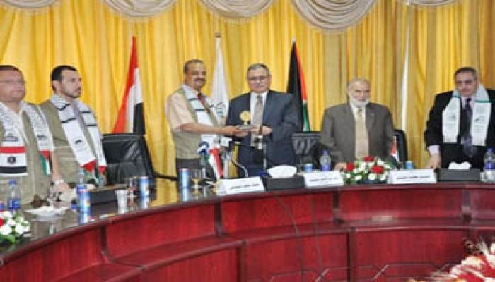 """درع """"التشريعي الفلسطيني"""" لمجلس الشعب المصري"""
