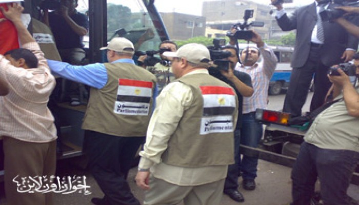 """احتجاز قافلة الحرية بـ""""بالوظة"""".. ونواب الشعب يعتصمون"""