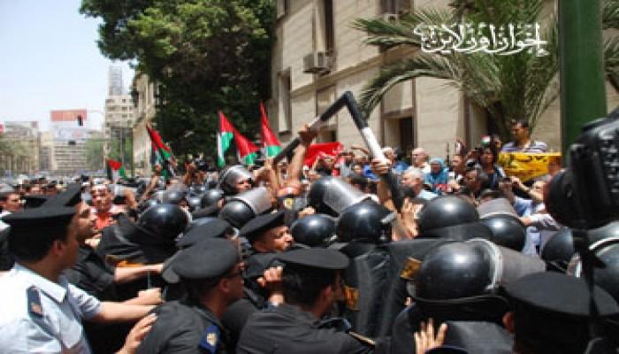 """مظاهرة أمام """"الشورى"""" ضد تزوير الوطني وإجرام الصهاينة"""