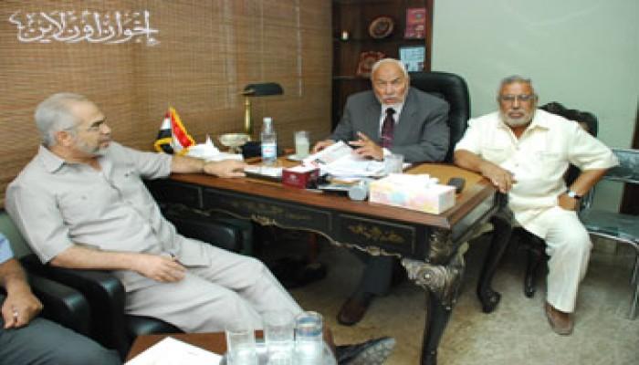 بيان من الإخوان المسلمين حول شائعة استقالة المرشد العام