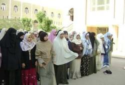 في اليوم العالمي له: حجابي.. عزي وحيائي