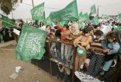 مفكرون وسياسيون: بهذه الأساليب يمكننا رفع الحصار عن غزة