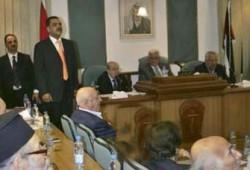 عباس يبحث فرض المزيد من الإجراءات لمحاصرة حماس