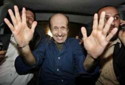 إشادة عالمية بدور حماس في إطلاق سراح جونستون والكيان يتخوف