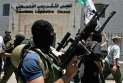 الاحتلال وفتح يعتقلان أعضاء حماس بالضفة وتجدد الدعوات للحوار