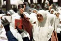 السفور.. المؤامرة على المرأة المسلمة