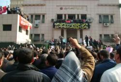 """وقفة احتجاجية للإخوان أمام """"المحامين"""" نصرةً للنبي الكريم"""