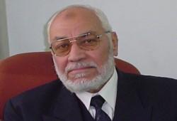 المرشد العام يهنئ حمادي الجبالي بالإفراج عنه