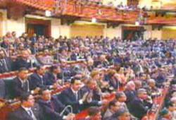 الحكومة المصرية تلوي ذراع العدالة