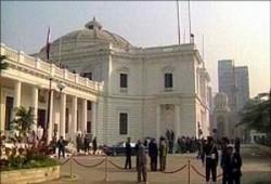البرلمان المصري يلغي استجوابات تفتح ملفات الفساد