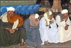 تواجد فاعل لنواب الإخوان مع الأهالي في كارثة العبَّارة