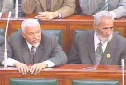 نواب الإخوان يكشفون مساوئ اتفاقية مكافحة الإرهاب