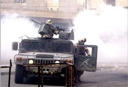 """""""لوفيجارو"""": العراقيون السُّنَّة يحملون لواء المقاومة أمام الأمريكيين"""