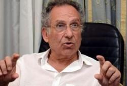 شرطة الانقلاب تحتجز الدكتور ممدوح حمزة