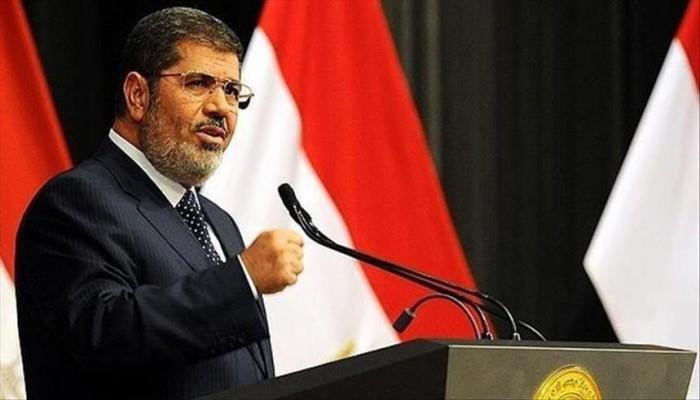 نجل الرئيس محمد مرسي يستنكر حرمان أسرته من زيارة والده