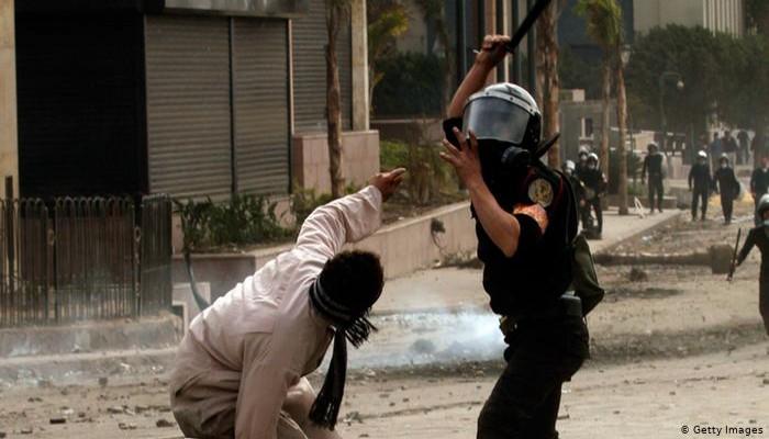 """الملف الأسود لانتهاكات العسكر يدفع الأمم المتحدة لتأجيل مؤتمر """"التعذيب"""" بالقاهرة"""
