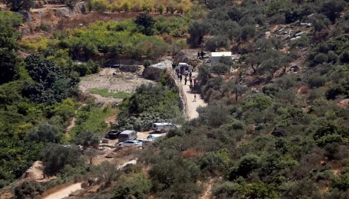 مصرع وإصابة 3 جنود صهاينة في عملية طعن برام الله.. والمقاومة تبارك