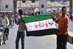 مظاهرة لآلاف السوريين بإدلب للمطالبة بإيقاف هجمات بشار وبوتين
