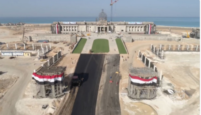 """ناشطون يستنكرون بناء قصرين لقائد الانقلاب: """"إحنا مش فقرا أوي ولا إيه؟!"""""""