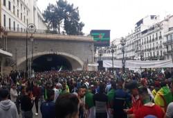 """الجمعة الـ28 لثورة الجزائر.. """"المجلس العسكري"""" لا يزال عاجزا أمام صمود الشعب"""