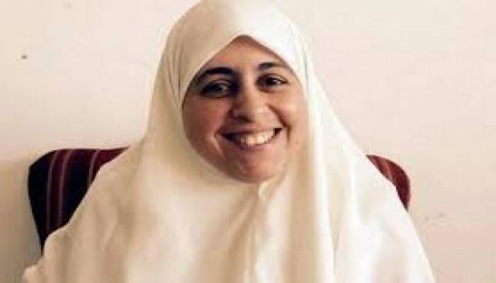 لليوم الـ15.. عائشة الشاطر تواصل إضرابها احتجاجا على انتهاكات العسكر