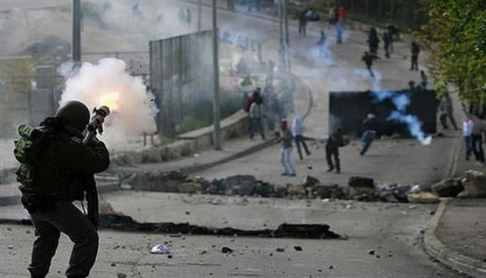 12 شهيدًا فلسطينيًّا و450 معتقلاً خلال أغسطس