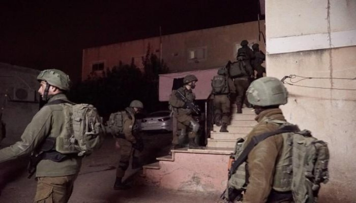 الاحتلال يعتقل 14 فلسطينيًّا بالضفة والقدس