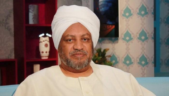 """على خطى قائد الانقلاب وبن سلمان.. """"نيابة"""" السودان تقرر اعتقال د. عصام البشير"""