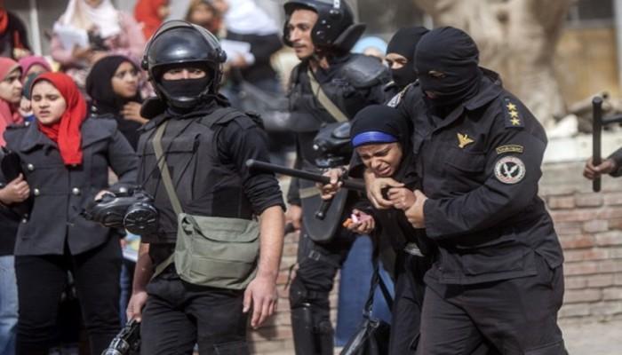 """""""نساء ضد الانقلاب"""" ترصد انتهاكات الانقلاب بحق الحرائر في أسبوع"""