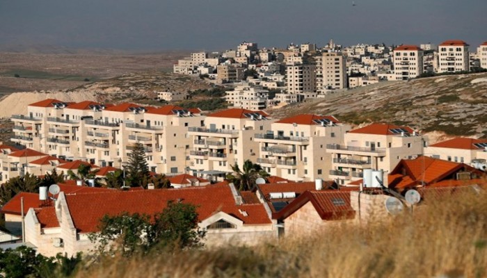 الاحتلال يستولي على مساحات كبيرة من أراضي الضفة