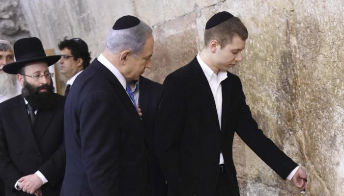 """لماذا تجرأ نتنياهو على اقتحام """"الحرم الإبراهيمي"""" لأول مرة في هذا التوقيت؟!"""