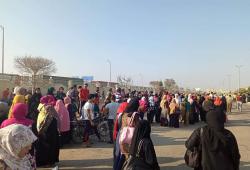 بعد إعلان إضرابهم.. عمال مصانع الإسماعيلية يتظاهرون بسبب تأخر مستحقاتهم