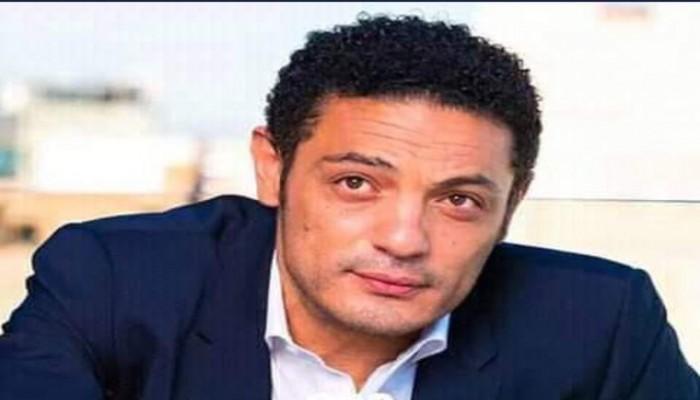 محمد علي يطالب السيسي بالتنحي والإفراج عن المعتقلين